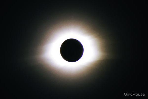 皆既日食 1998年02月26日 アルバにて